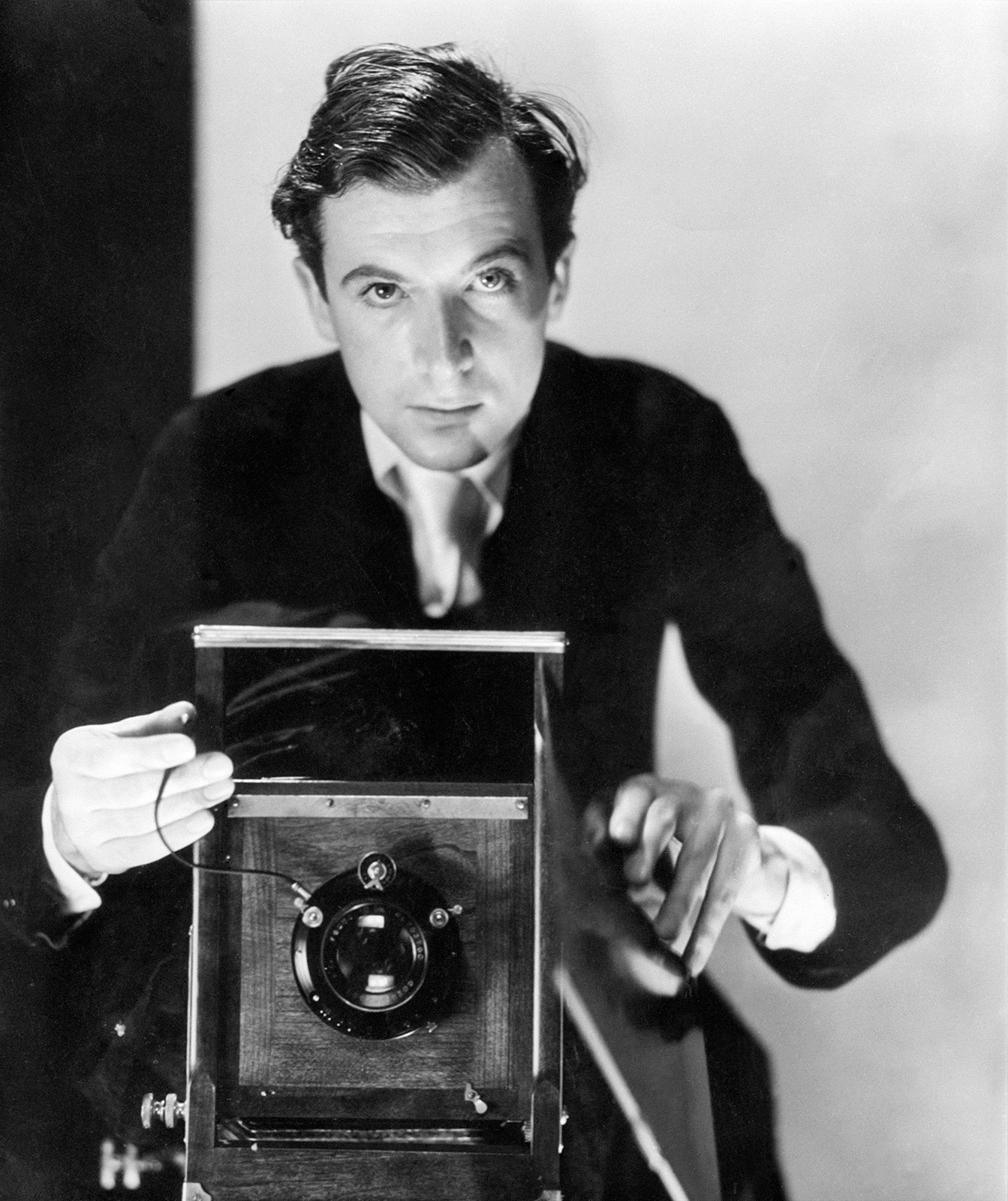 Cecil beaton self portrait 1930s the cecil beaton studio archive at sothebys
