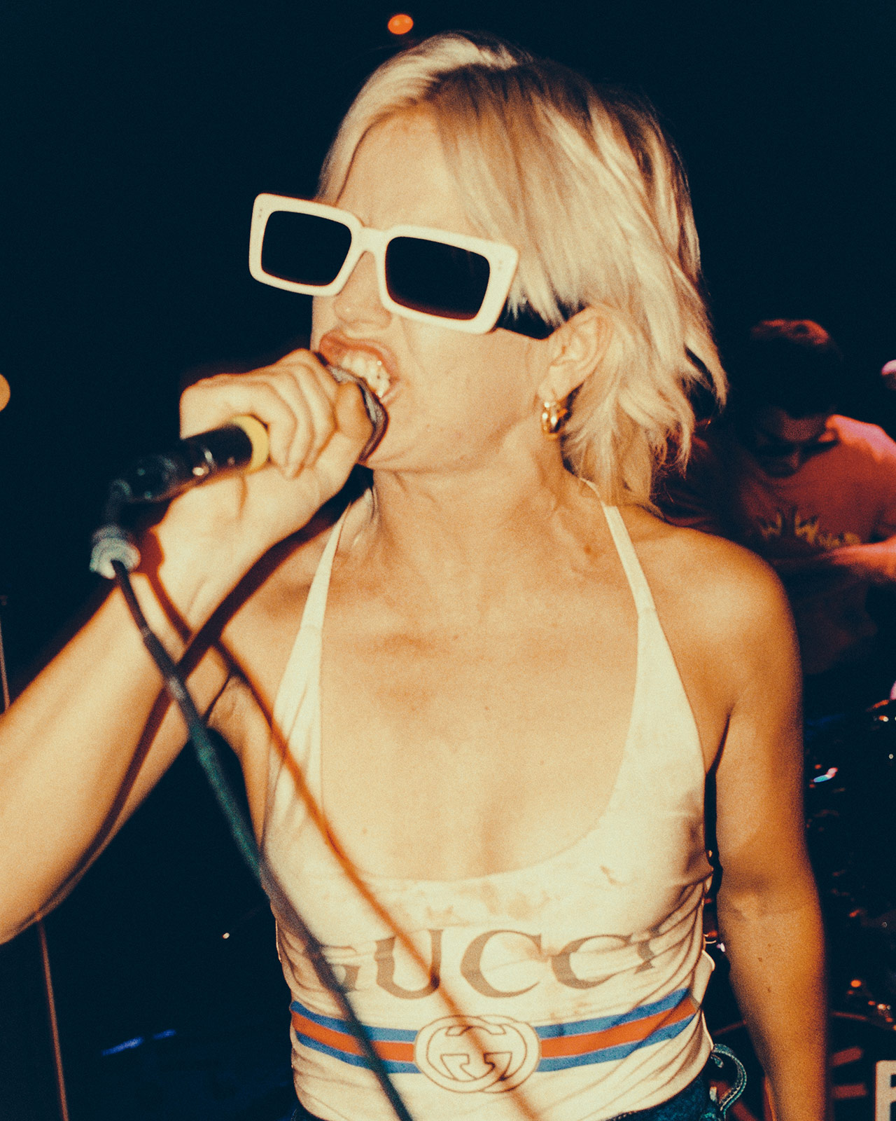 Guccigig amyl and the sniffers 3 courtesy of gucci