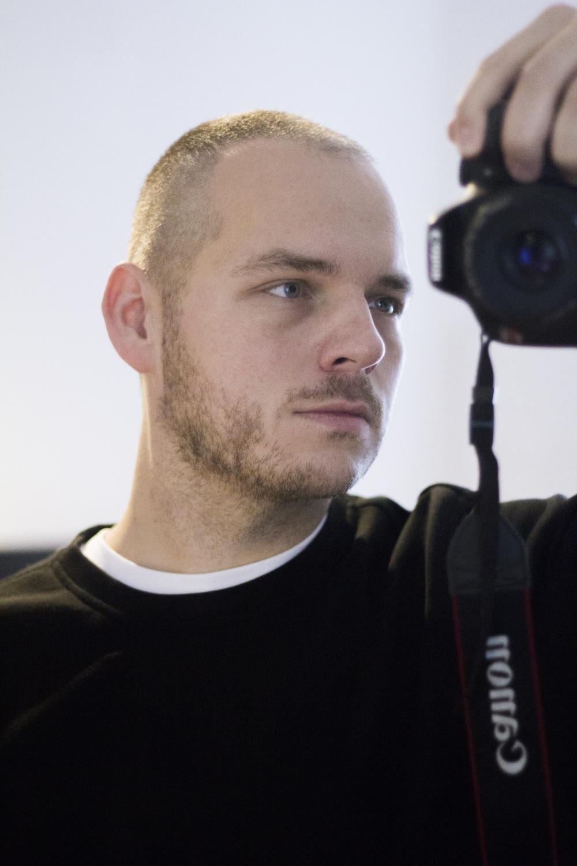 0 portrait